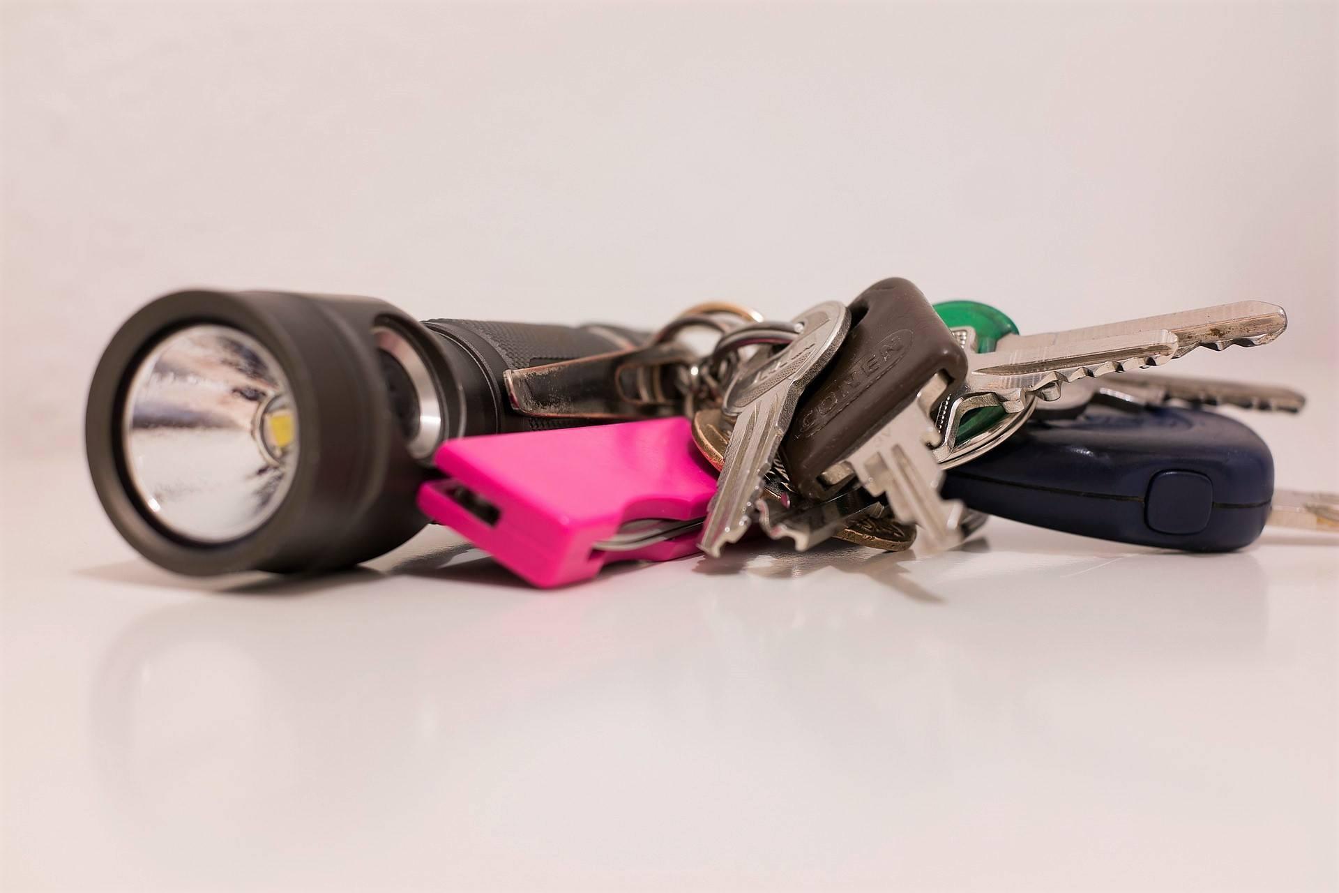 flashlight car key chain